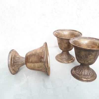guur gouden vaasjes of schalen voor bruiloft bloemstuk gouden potten