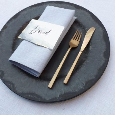 onderbord huren bruiloft diner tafelstyling decoratie